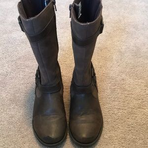 Girls brown riding style boots